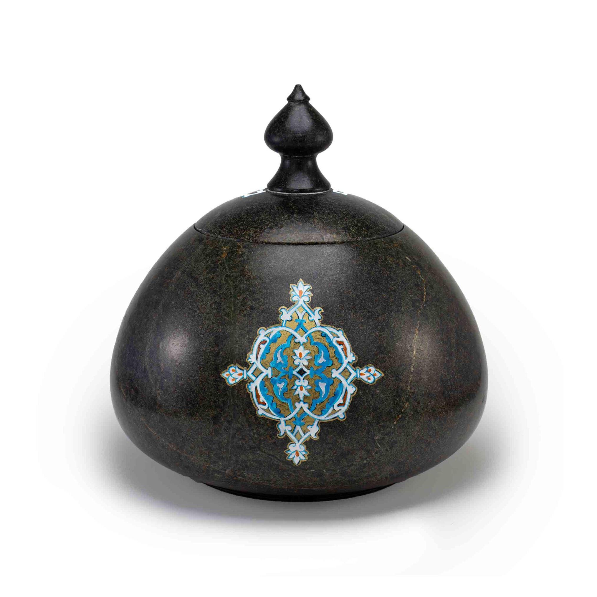 شکلات خوری سنگی ساخته شده از سنگ سرپانتین