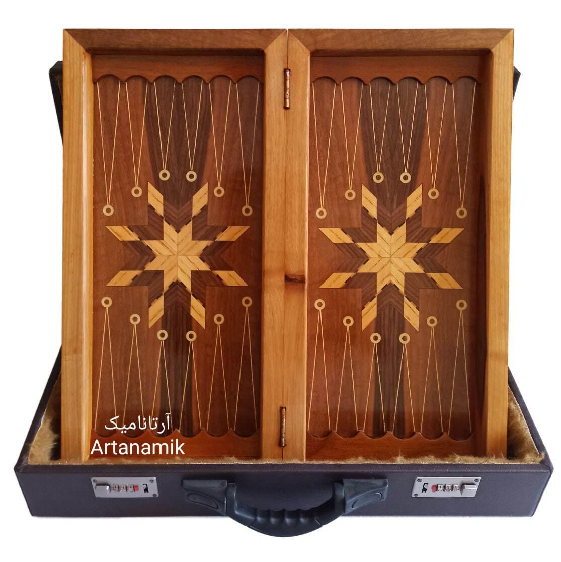داخل تخته نرد و شطرنج کادویی، تخته نرد کادویی و تخته نرد نفیس چوب گردو