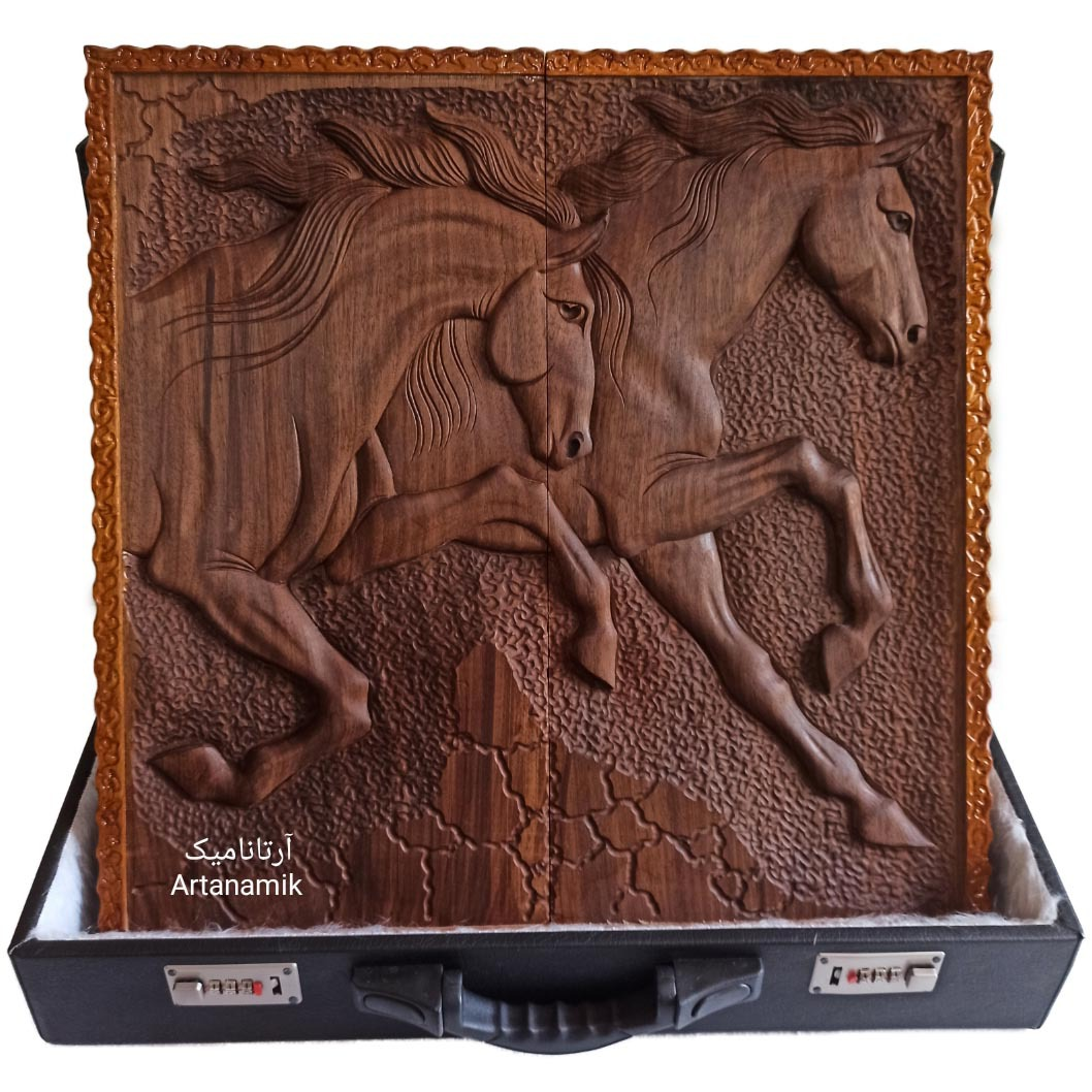 تخته نرد منبت کاری طرح اسب مینیاتوری، تخته نرد کادویی و تخته نرد نفیس روی چوب گردو