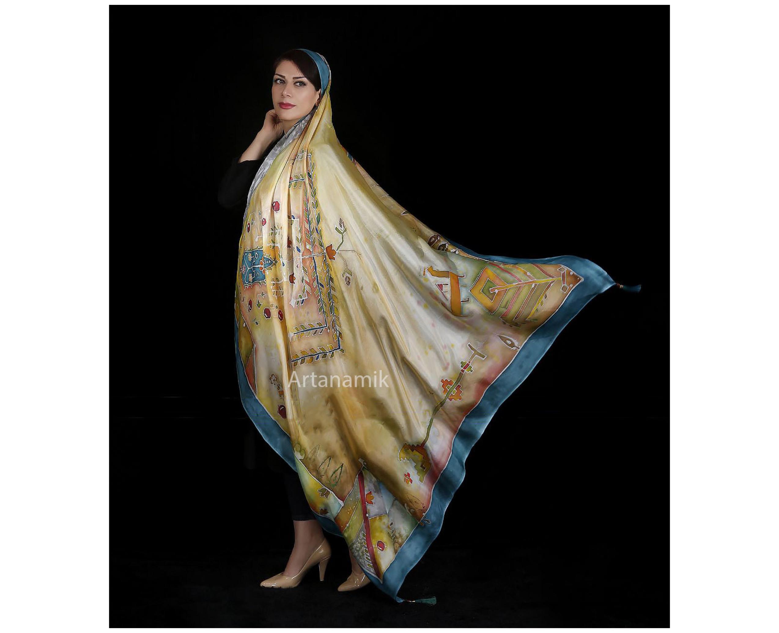 روسری ابریشم طبیعی با هنر نقاشی باتیک