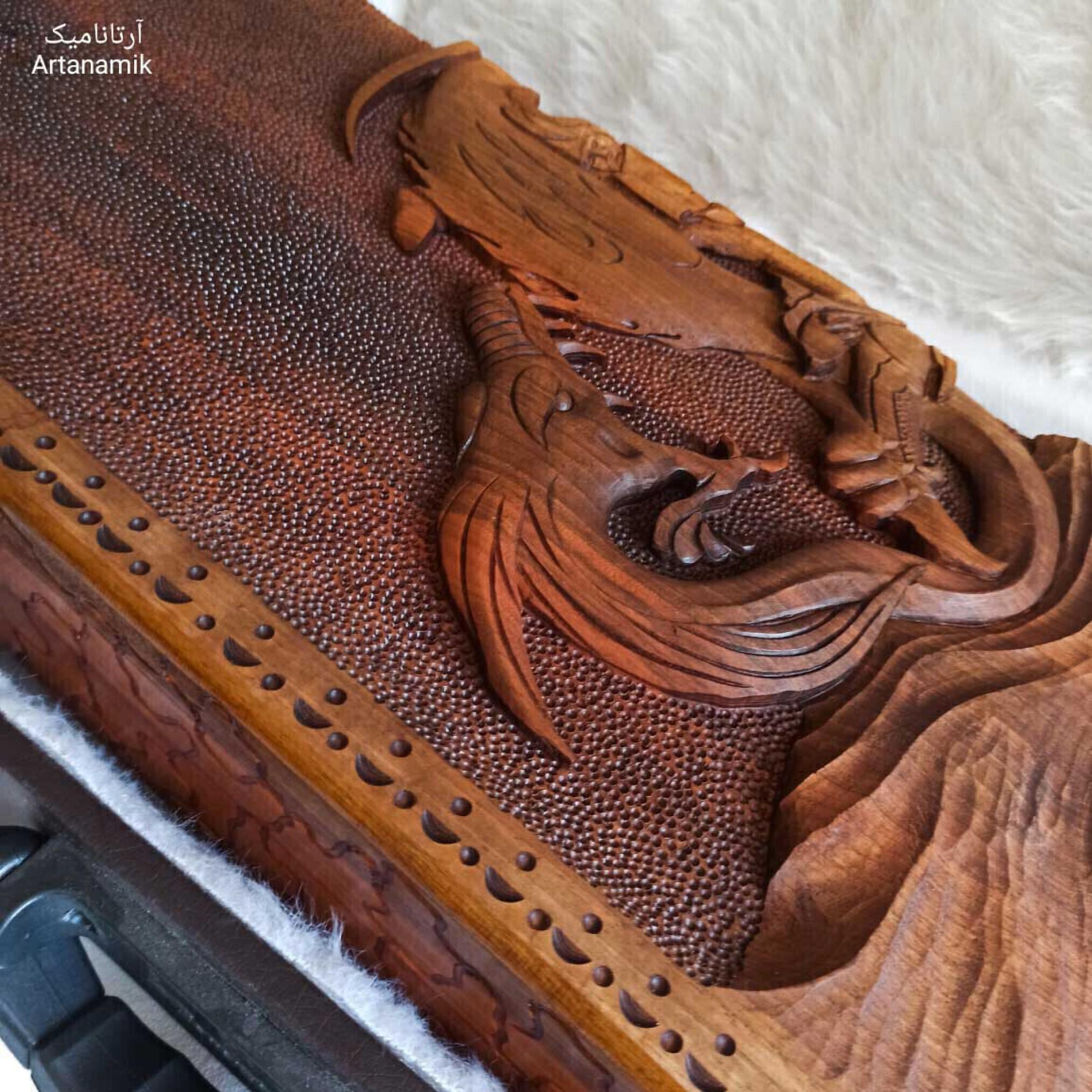 تخته نرد منبت کاری طرح رستم و اژدها، تخته نرد کادویی و تخته نرد نفیس روی چوب گردو