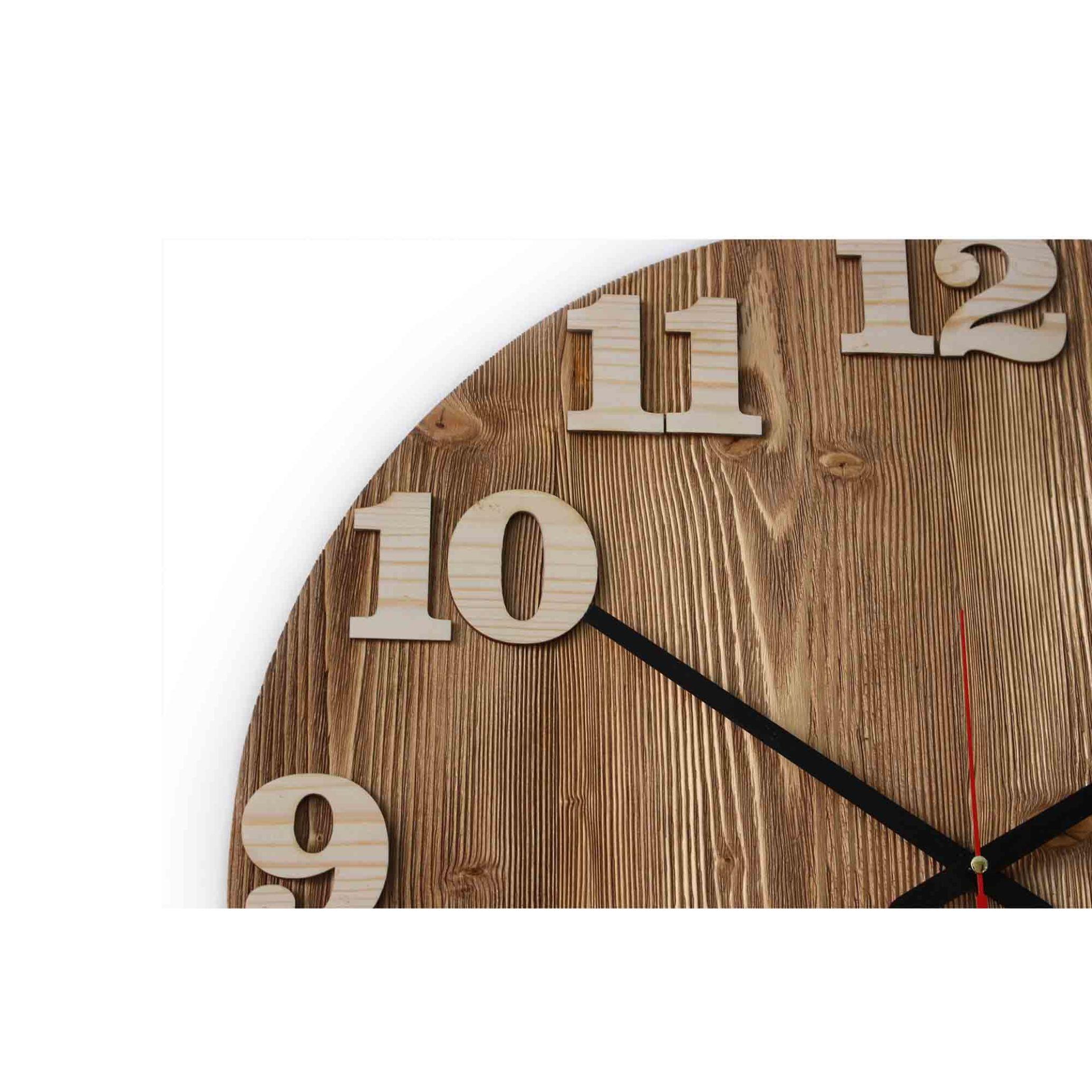 ساعت تمام چوب روس