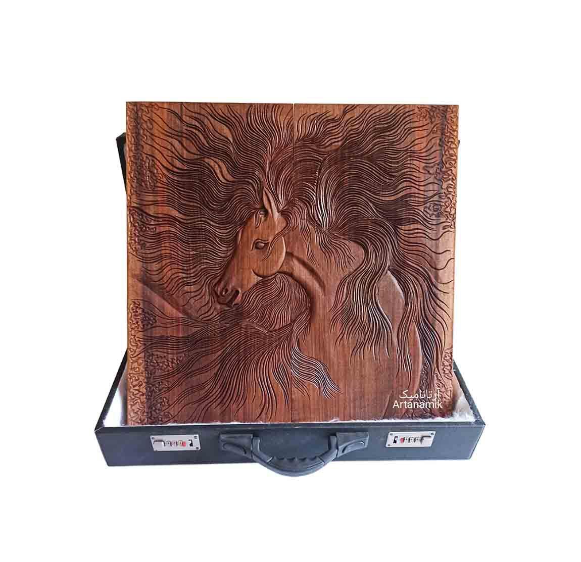 تخته نرد منبت طرح اسب رهوار روی چوب گردو